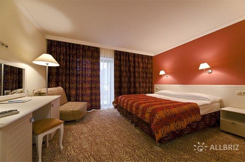 Люкс 2х местный 2х комнатный номер с удобствами повышенной комфортности