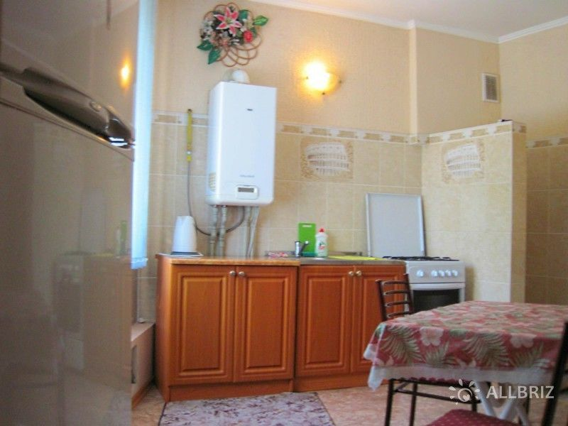 Семейный номер на 6 чел. с отдельными спальнями и кухней в отдельном дворике.