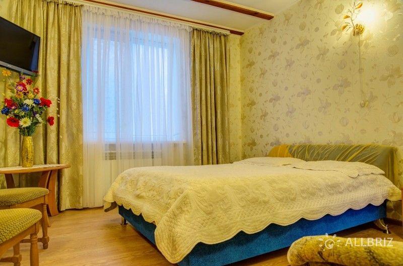 """3х комнатный """"Люкс"""" с террасой (6 местный) - первый уровень (Дом №2)"""