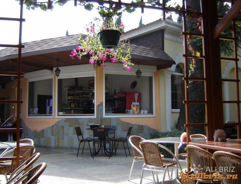 Кафе у парка