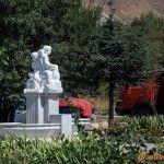 Скульптура «На бочках»