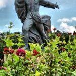 Памятник Орленку