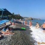 Пляж в Партените