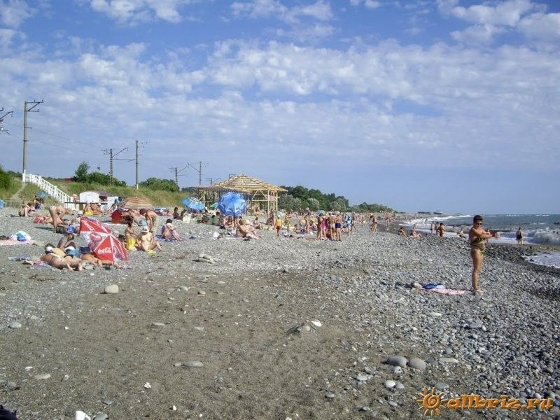 Головинка дикий пляж фото