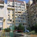 Высотные дома на улице Подвойского