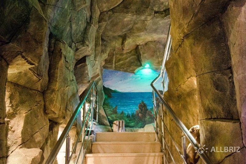 Лестница в зоопарк