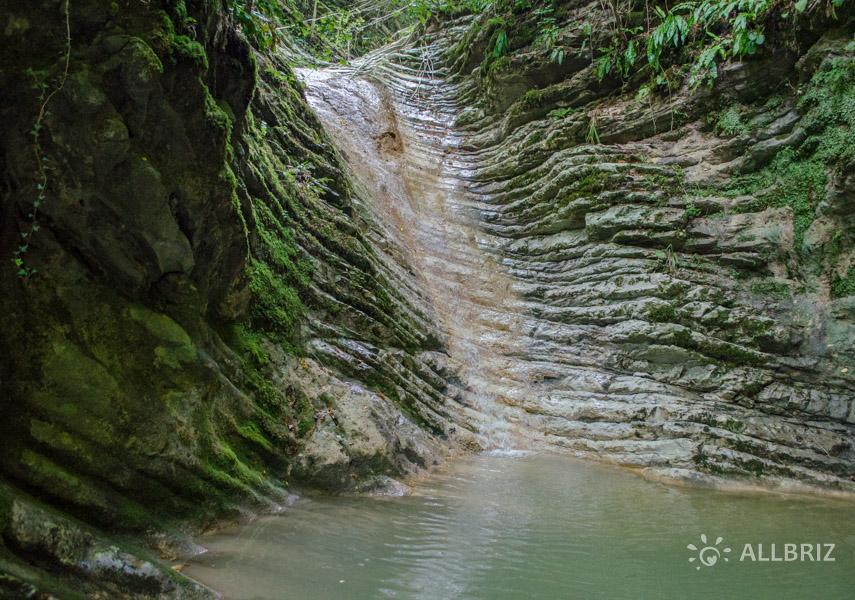 Водопады Крабового ущелья