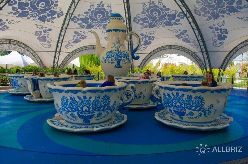Аттракцион «Чайные чашки»