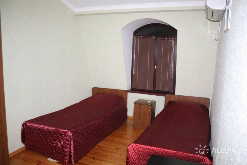 Бюджетный двухместный номер с двумя отдельными кроватями