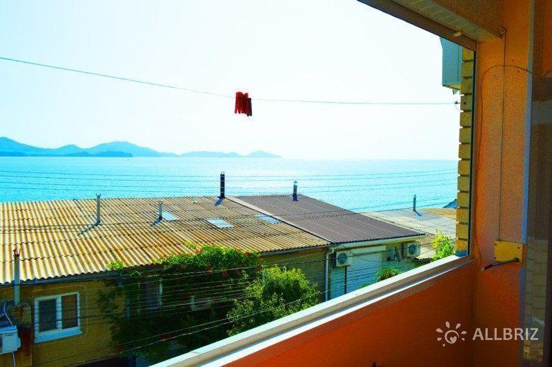 Трехместный номер с видом на море - вид с балкона