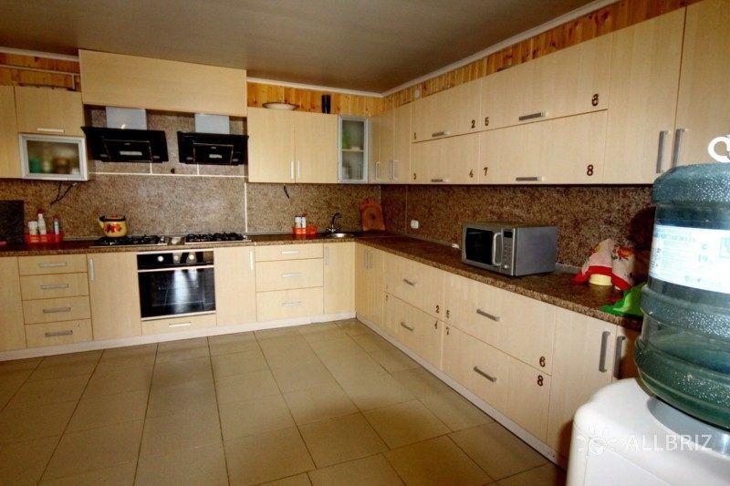 Семейный 4х местный номер - общая кухня на этаже