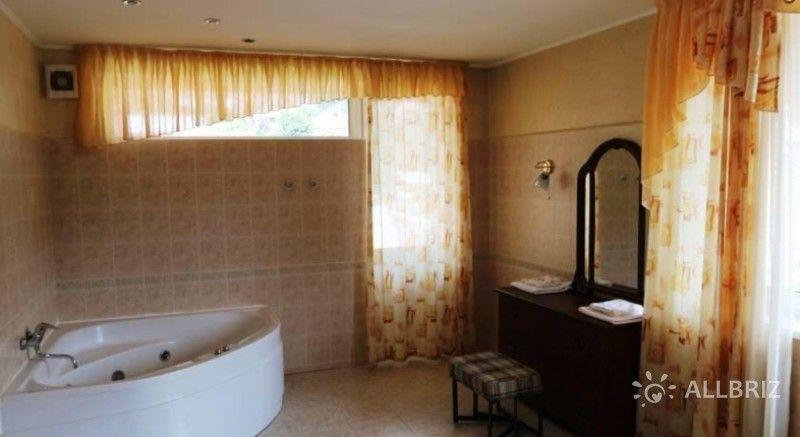 2х местный 2х комнатный номер «Люкс» с гидромассажной ванной