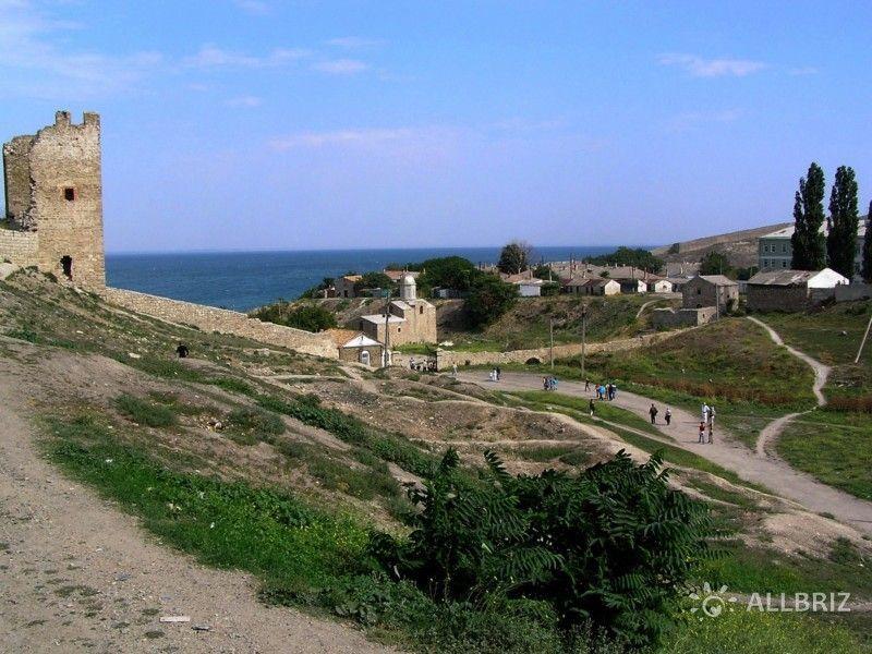 Генуэзская крепость Кафа и храм Иверской иконы Божией Матери