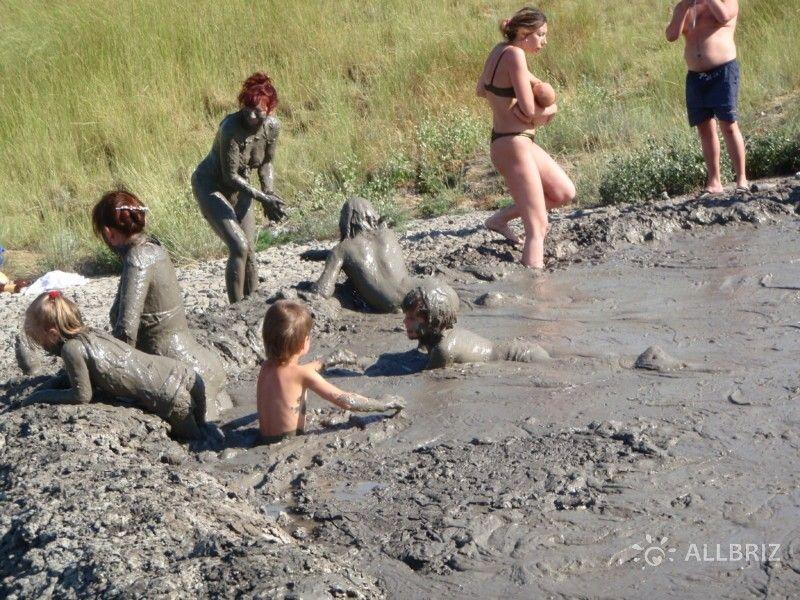 Грязевые ванны вулкана