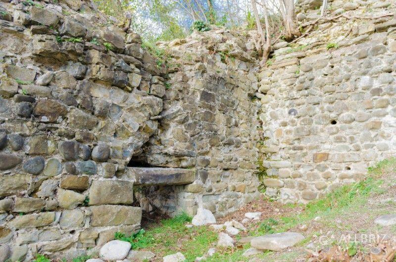Стена крепости Годлик