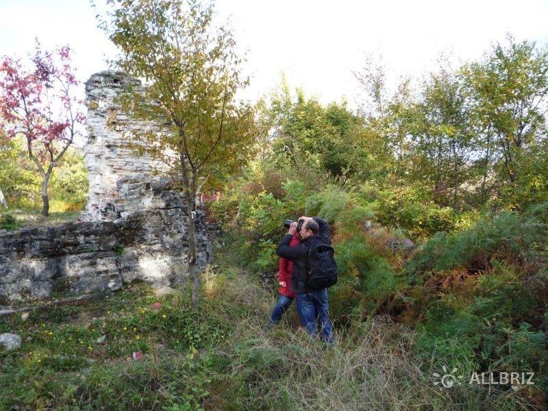 Прогулка по развалинам храма