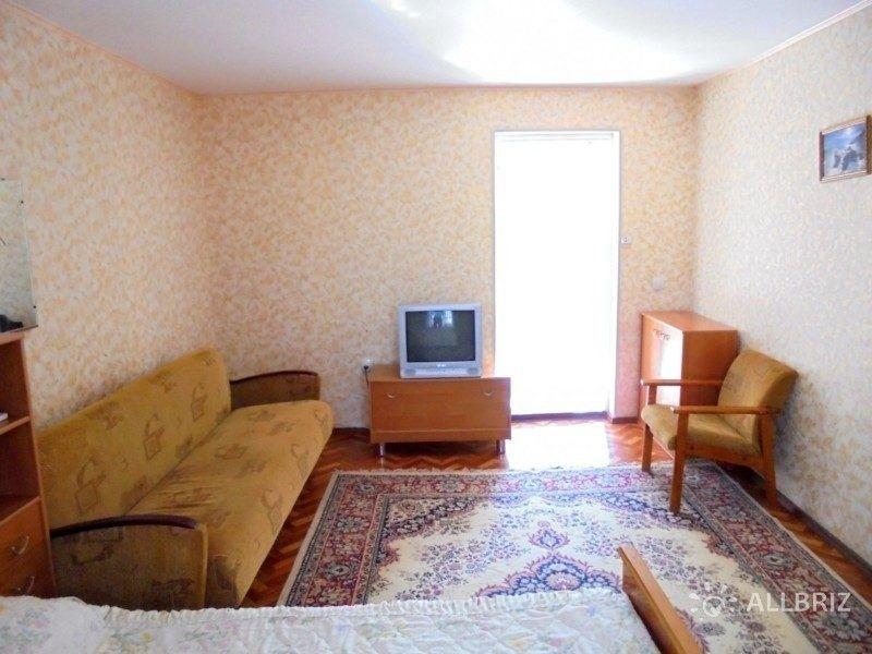 Уютный домик с террасой на 2-5 человек