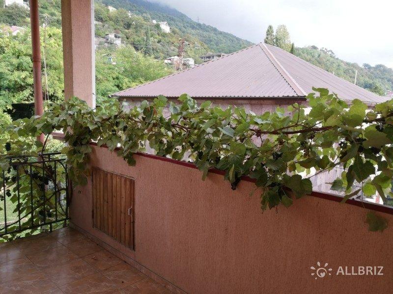 Однокомнатный 2х местный с санузлом в номере и балконом - балкон