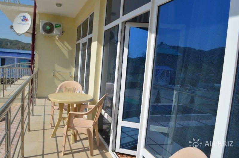 Люкс 2х комнатный - балкон