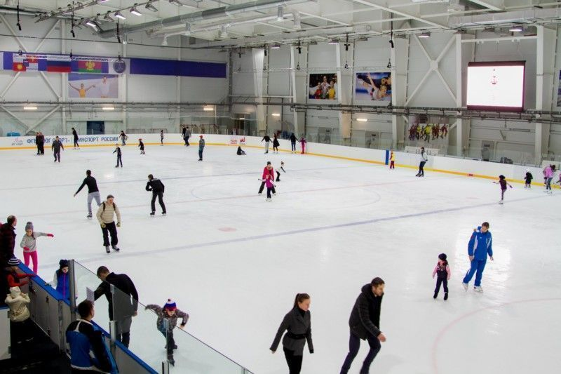 Каток дворца зимнего спорта «Айсберг»