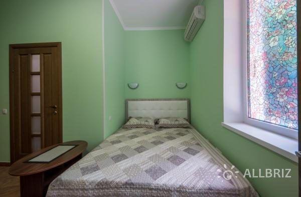 Четырехместный эконом - кровать в номере