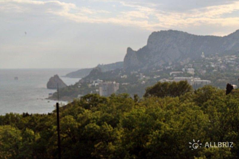 Стандартный 3х местный номер с видом на море - вид на гору Кошка