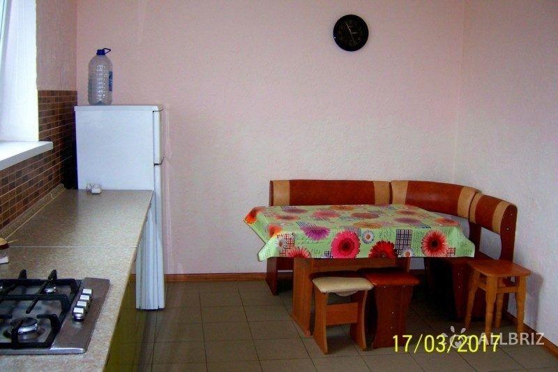 кухня со всем необходимым для самостоятельного приготовления пищи на каждый этаж (на 4 номера)