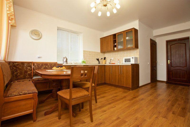 3-х комнатный семейный номер (с балконом) корпус 4