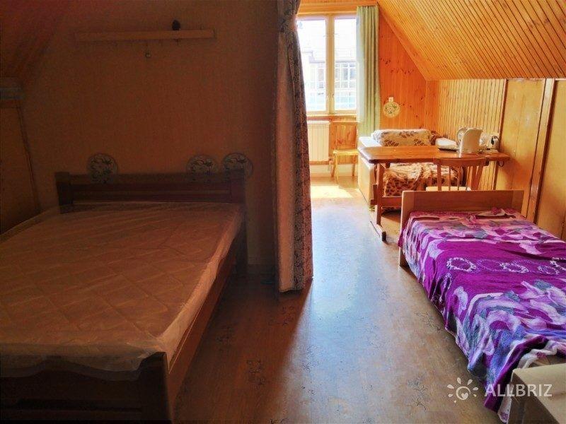 Двух комнатный с кухней