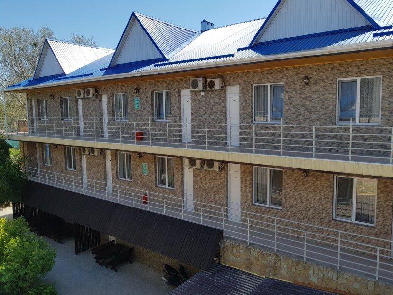 Полулюкс 2х, 3х и 4х местный с общим балконом 2-3 этаж - корпус