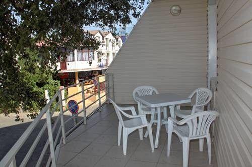 Люкс с отдельным балконом - балкон 3хместного номера