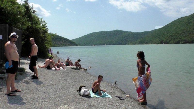 Озеро «Абрау»