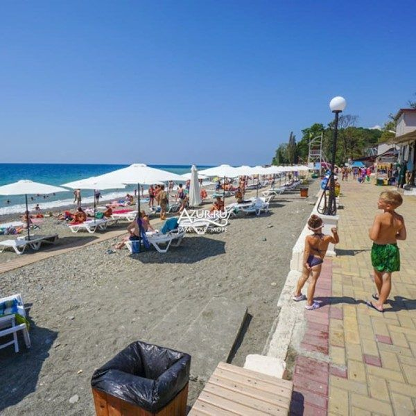 городской пляж Вардане