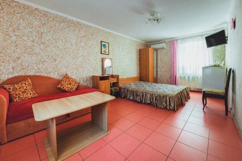 Комната с удобствами во доре