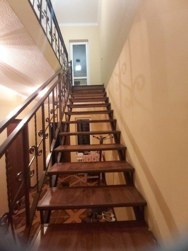 Лестница 2 этаж люкс и полулюкс