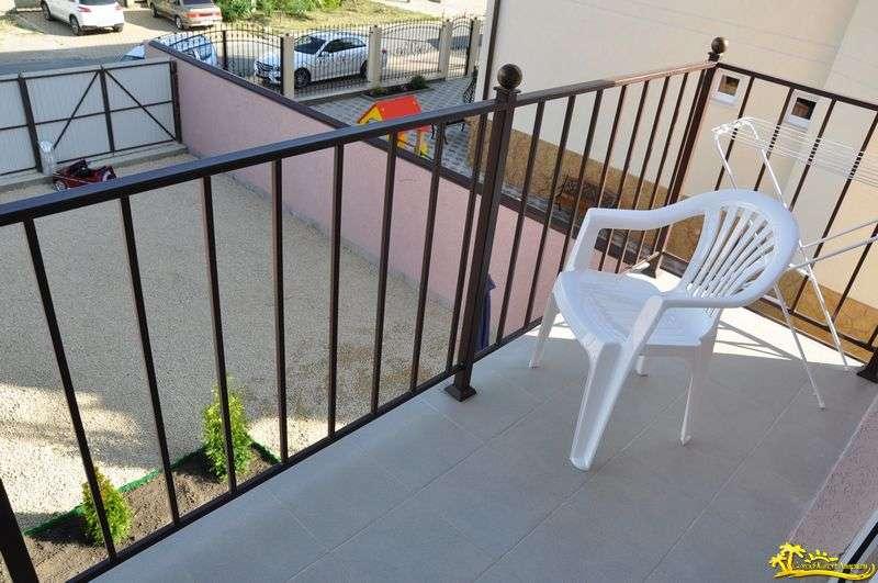 4-х местный номер «Полулюкс» улучшенный с балконом