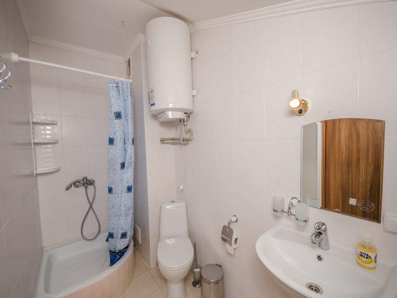 1 комнатный на 2 чел с балконом