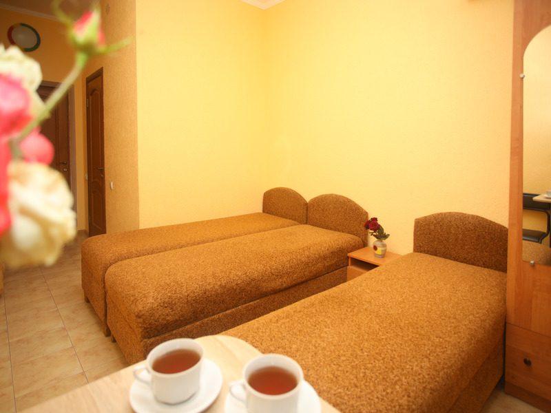 1 комнатный на 3 чел без балкона